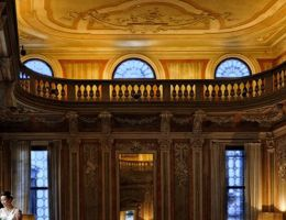 Antico-Palazzo-Pesaro-Papafava-Venezia